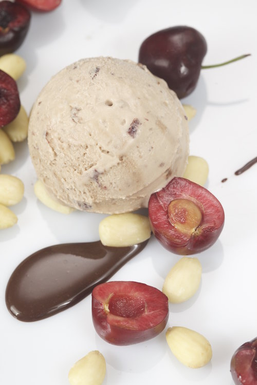 Happy Cow Cherry Almond Fudge(vegan)(475ml)